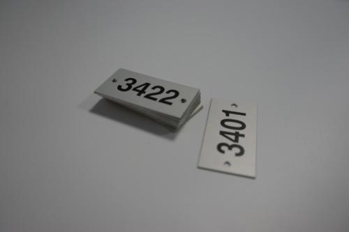 étiquette gravée