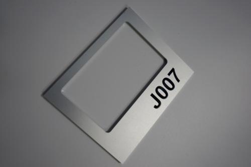 porte étiquette aluminium anodisé