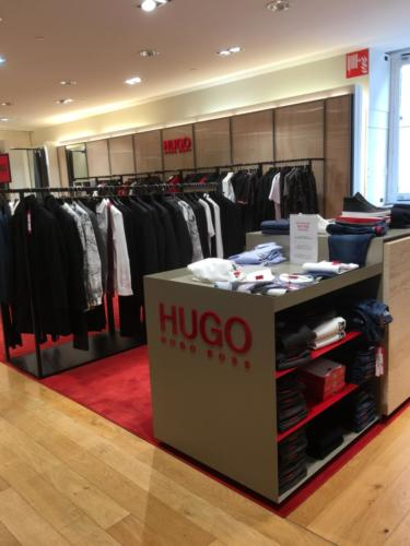 kit lettrage PMMA pour  HUGO BOSS