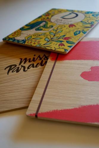 menu en bois gravé et imprimé
